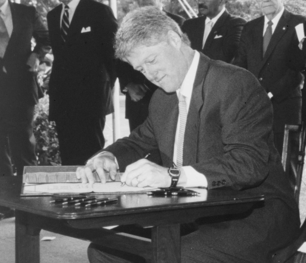 bill clinton signing picture